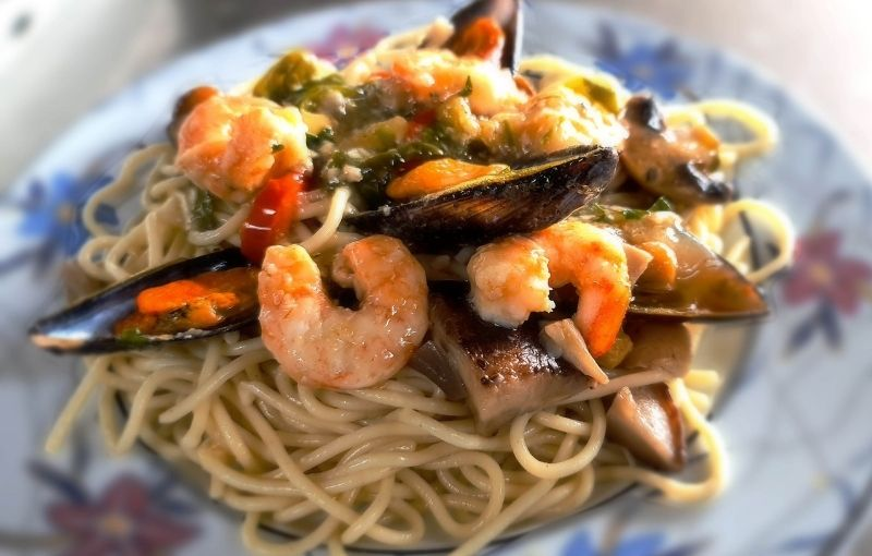 Espaguetis con gambas - Hotel Restaurante Arenillas